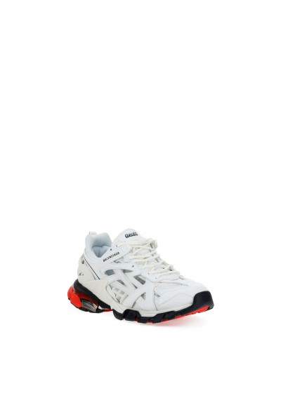 Sneakers Track 2