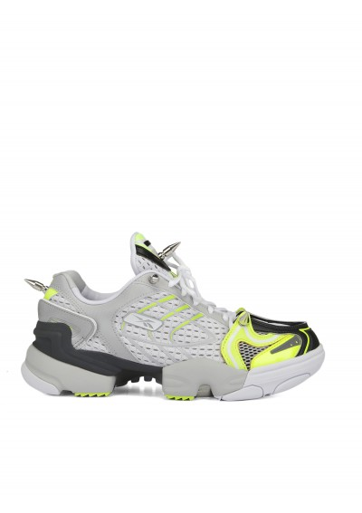 Spike Runner Sneakers